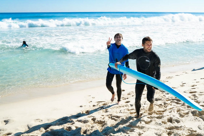 Learn-to-surf-Perth